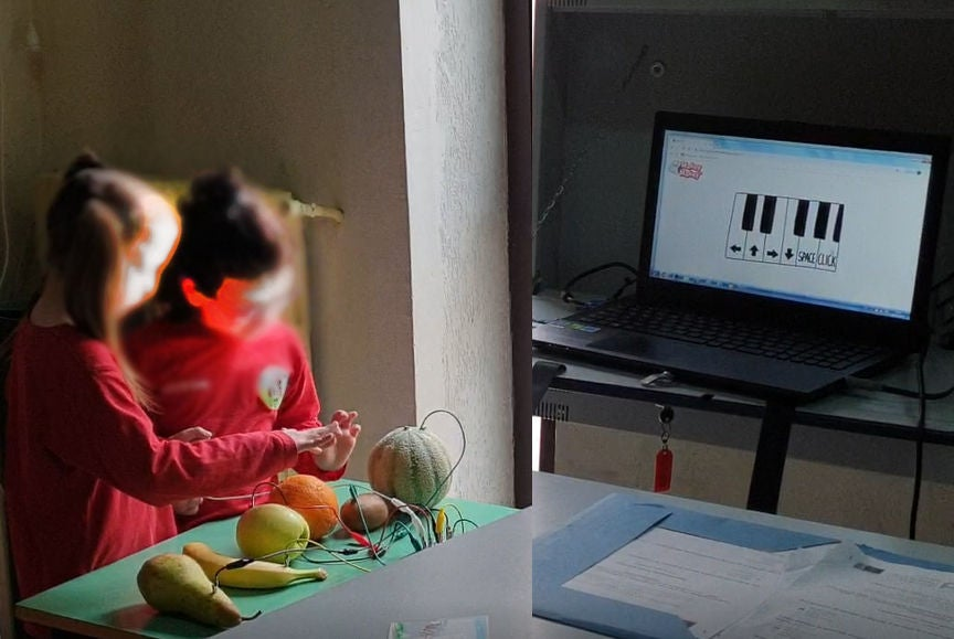 Picture of Fruits Piano & Computer