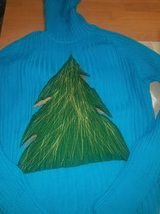 Using the Sewing Machine to Add the Christmas Tree