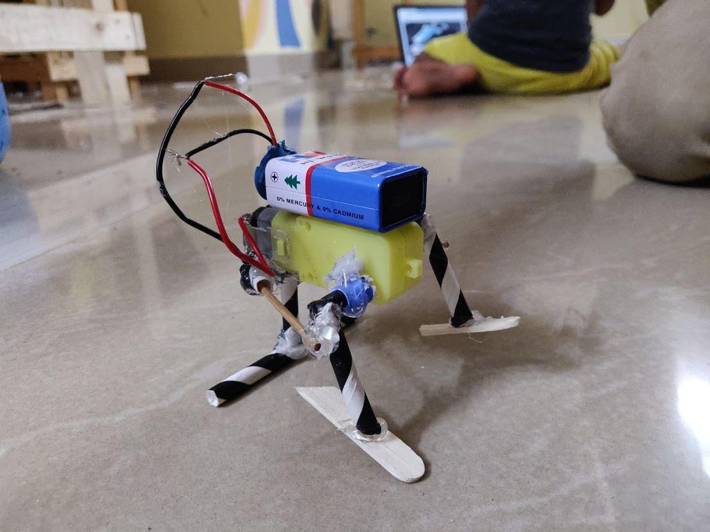 Picture of THE CUTEST WALKING ROBOT