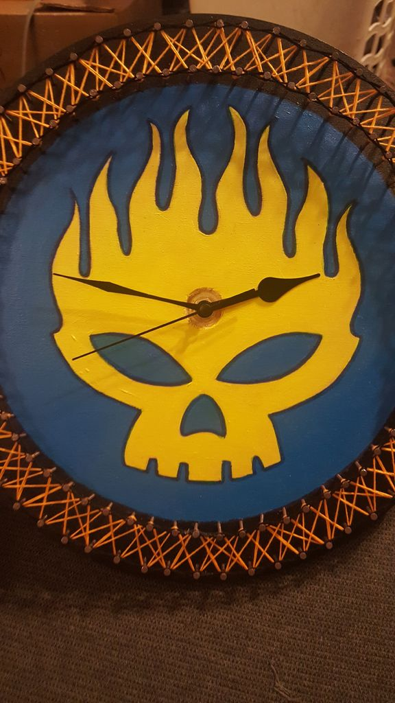 Picture of String Art Band/Logo Clock