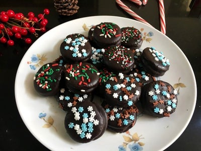 CHOCOLATE PEANUT BUTTER CRACKERS/COOKIES