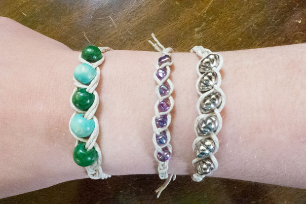 Picture of Easy Hemp Bracelet