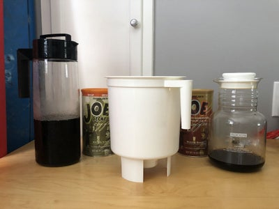 Brew Coffee Using Toddy Brewing System