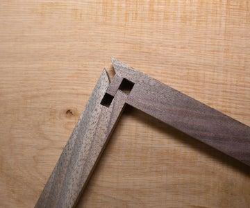 Locking Rabbet Miter Joint