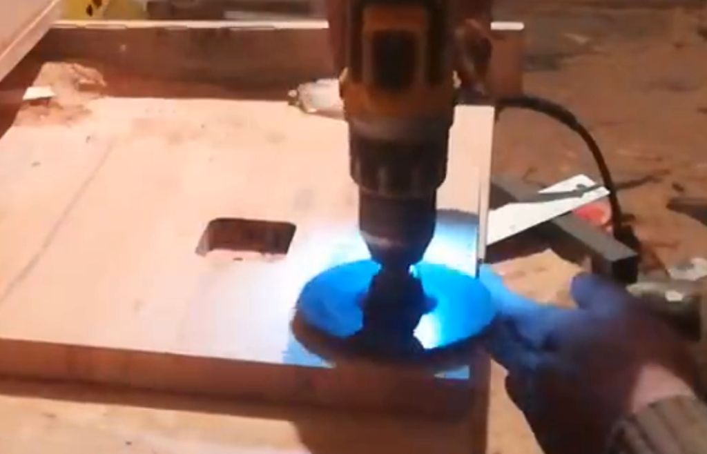 Picture of Sanding.