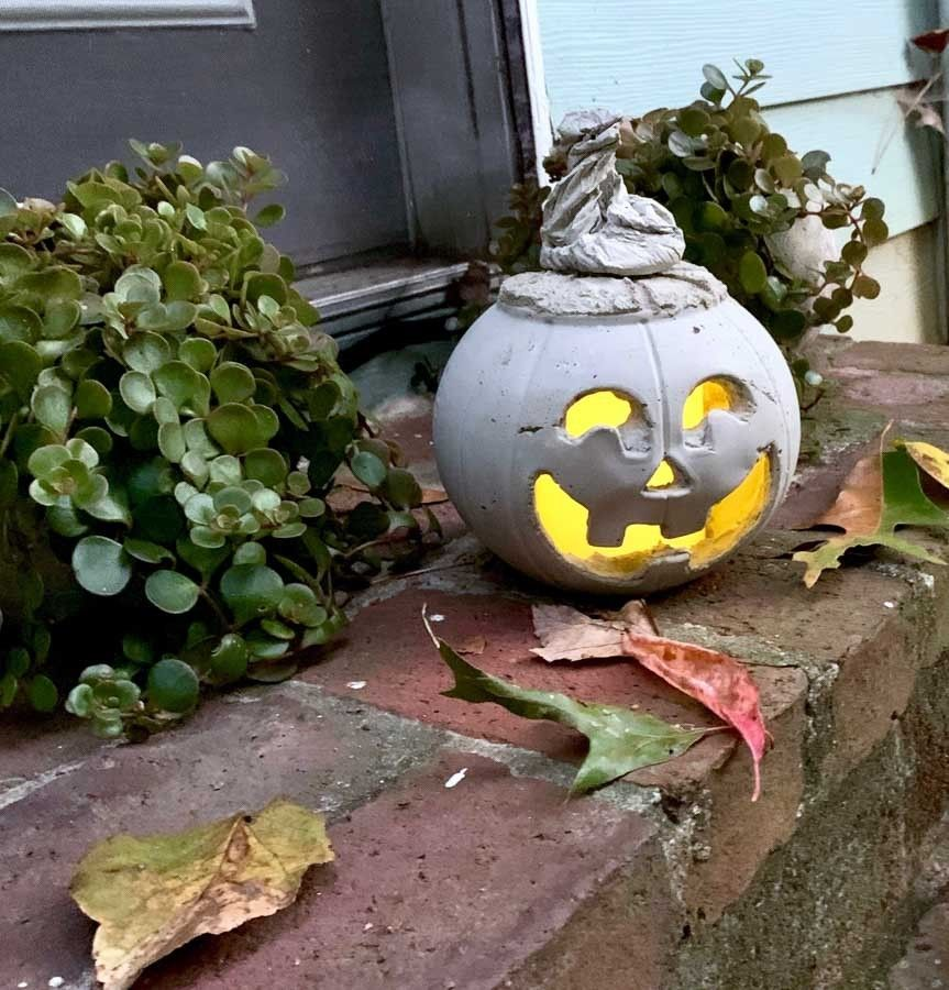 Picture of DIY Halloween Cement Jack O' Lantern
