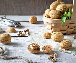 核桃形状的饼干
