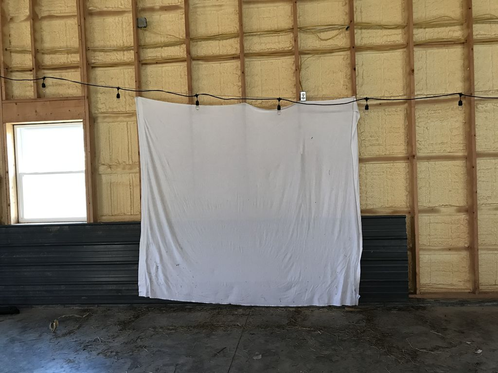 Picture of Hang White Sheet