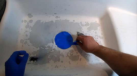 Refinishing the Sink With Epoxy