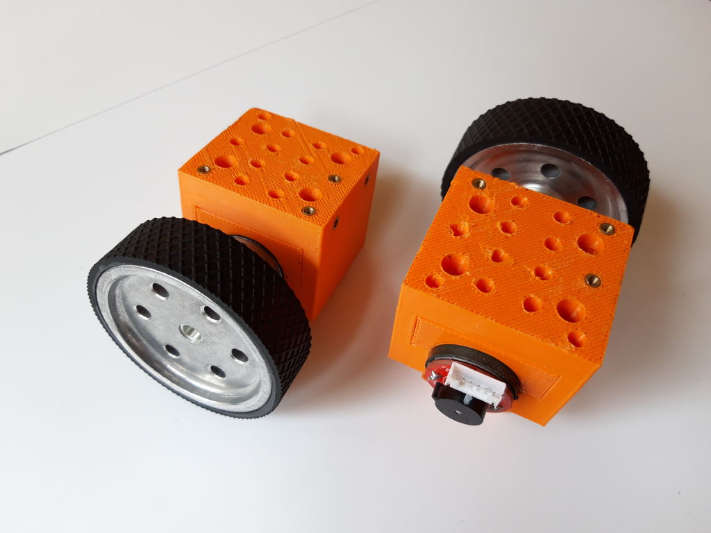 Build Your Own Turtlebot Robot!: 7 Steps