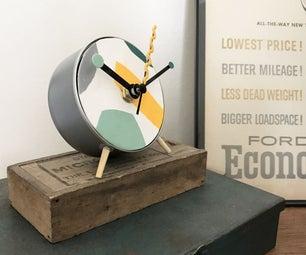 时髦的现代金枪鱼罐头时钟