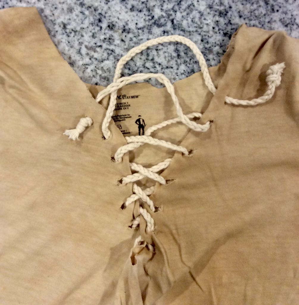 Picture of Trimming and Finishing the Tunic