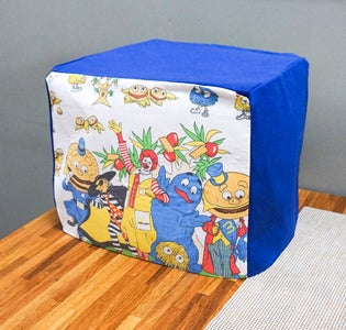 DIY Sewing Machine Cover From an Old Pillowcase | Fun Recycling Project