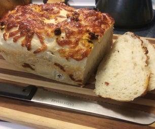 晒干的番茄和罗勒面包