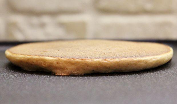 Banana Bread Pancakes (4).JPG