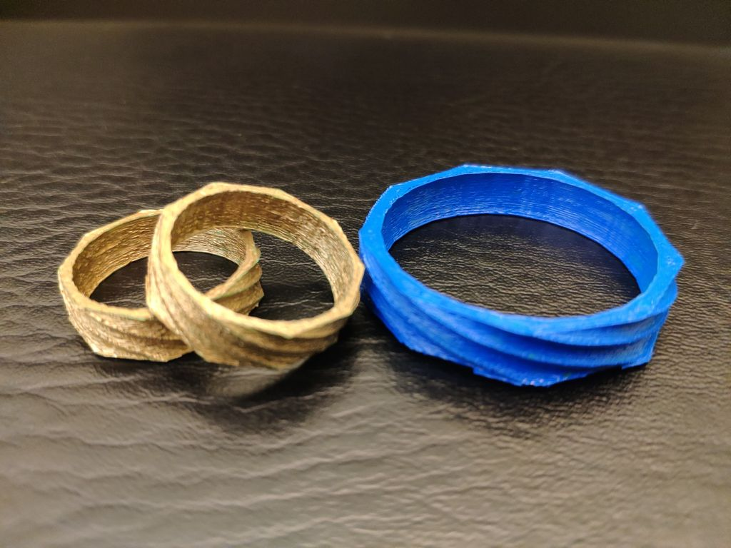 Picture of Twisted Polygon Rings and Napkin Rings