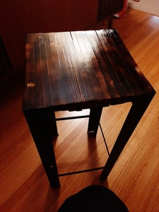 Side Table From Pallet Wood and Recycled Materials