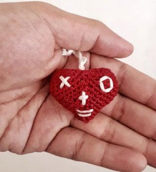 Easy crochet heart FREE PATTERN - KNITTED STORY BEARS | 354x320