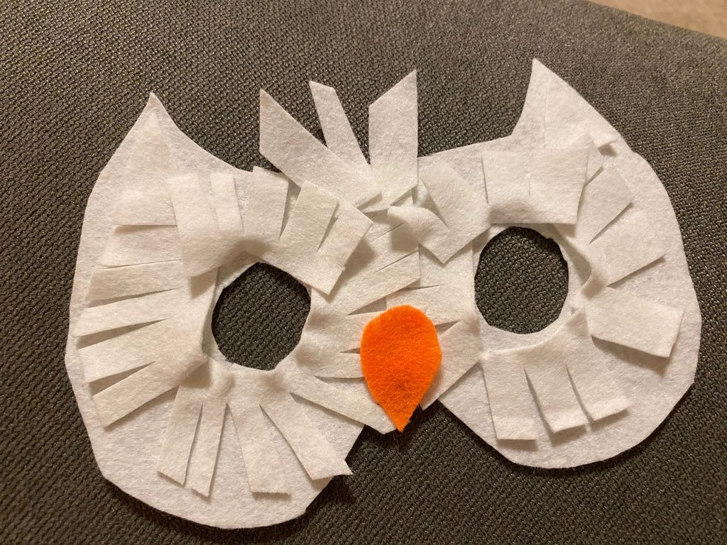 Picture of Make Hedwig Felt Owl Mask