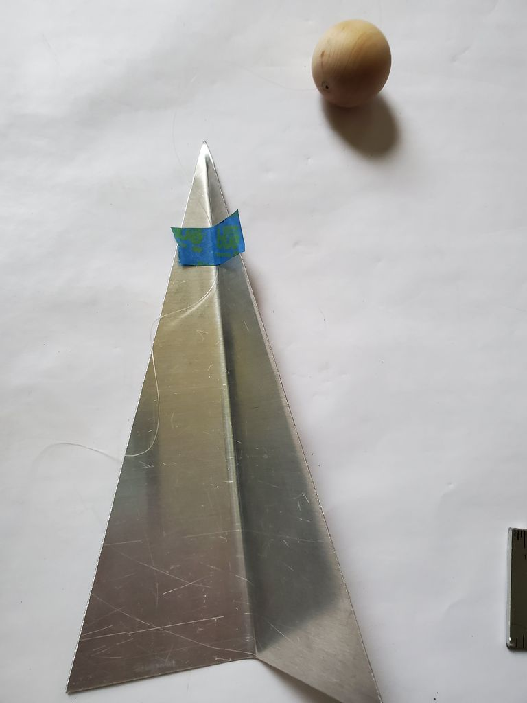 Picture of Balancing the Aluminum Paper Airplanes