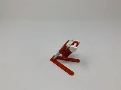 Assemble Hopper.