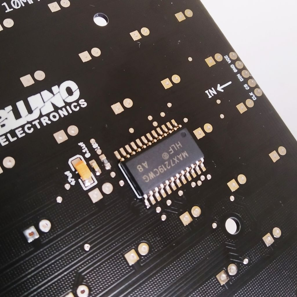 Picture of Solder SMD Components