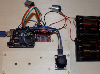 Control Two Motors With With Joistick