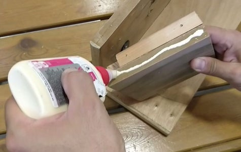 Connecting the Top Wooden Board