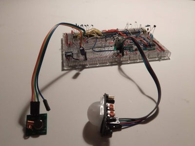 PIR Controlled 433MHz Switch Without a Micro Controller