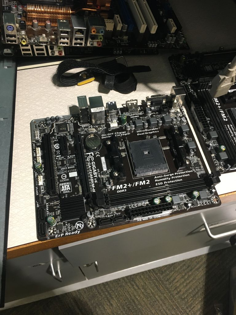 Picture of Motherboard Time!