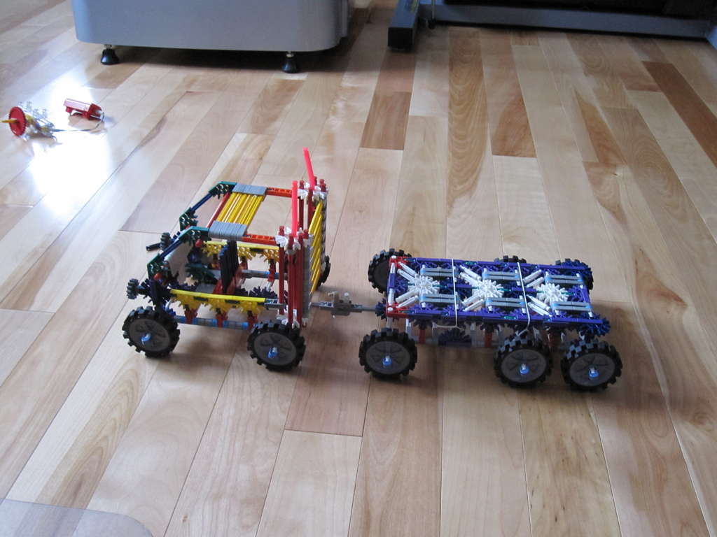 Picture of K'nex Flatbed Truck