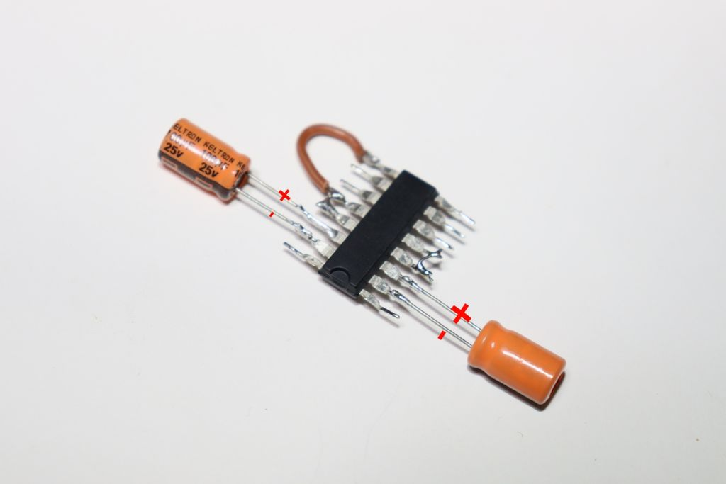 Picture of Connect 2nd Capacitor
