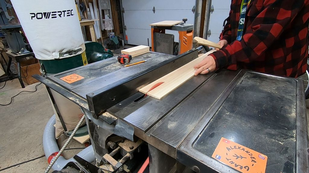 Picture of Cut Roofing Material