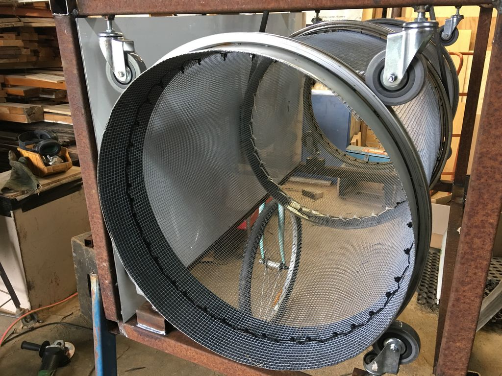 Picture of Mounting the Bicycle Wheels and Rear Support Legs