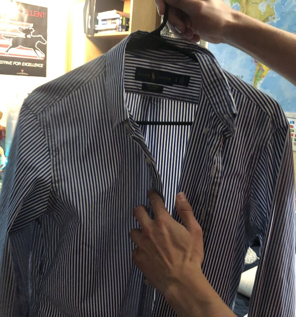 Picture of How to Iron a Button-up Shirt