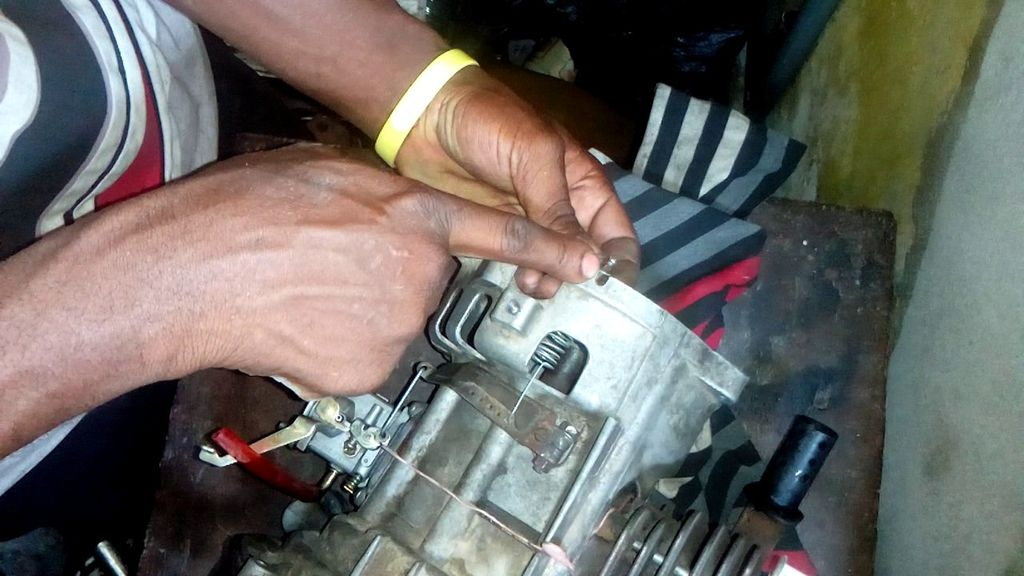 Picture of Throttle Assembly