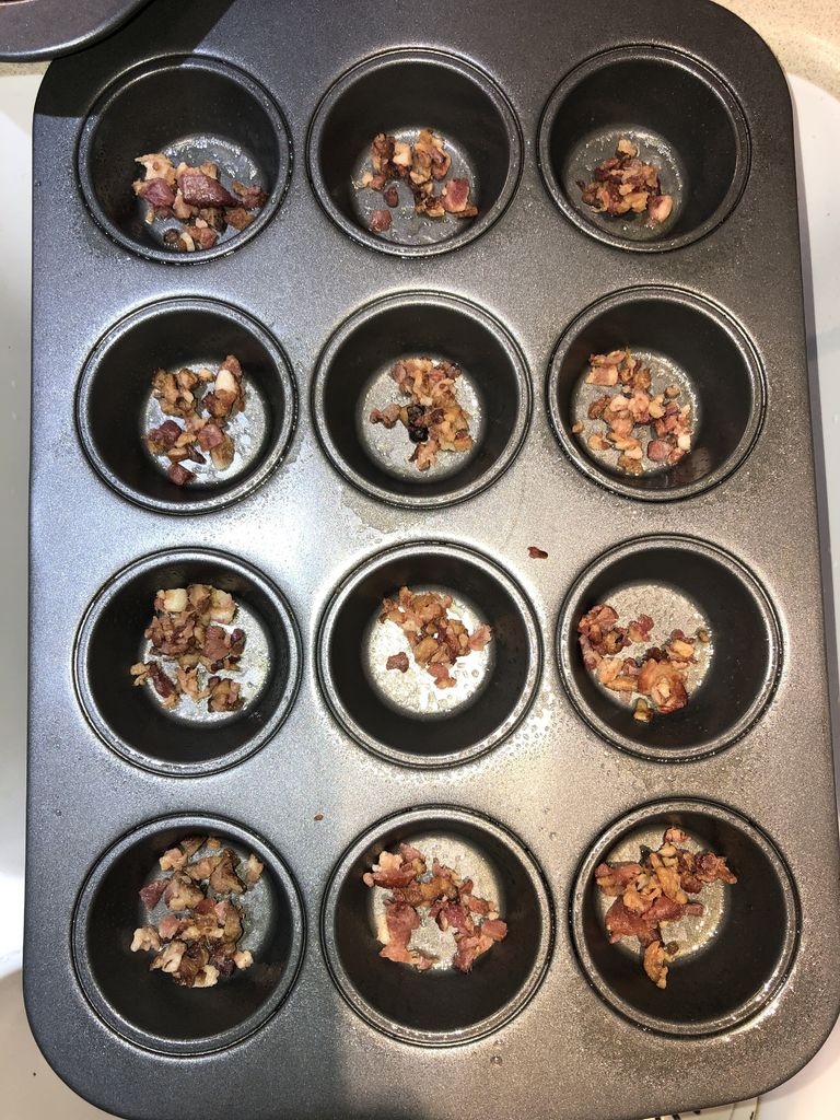 Picture of Fill the Muffin Tins
