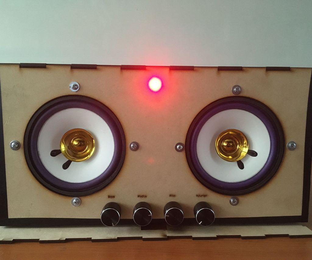 Stereo Audio Amplifier With Tone Control