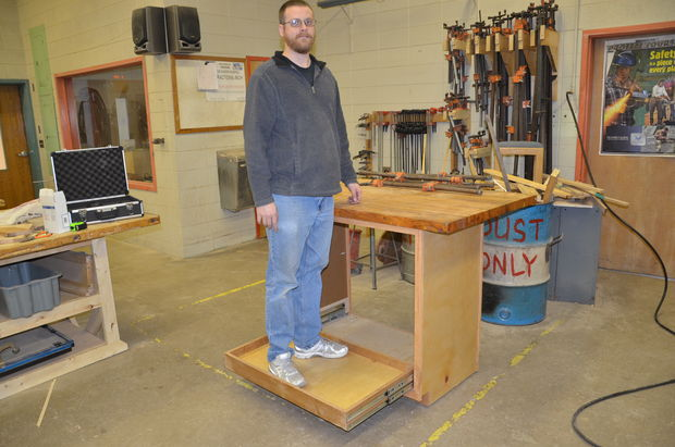 Picture of Attach the Bench Top and Test