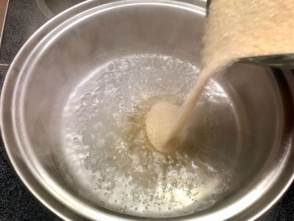 Picture of Stir Water and Sugar