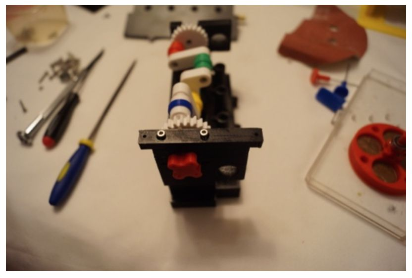 Picture of Attach the Main Caps