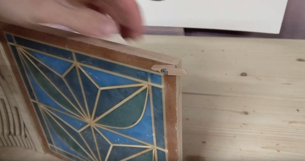 Picture of Glueing on the Door