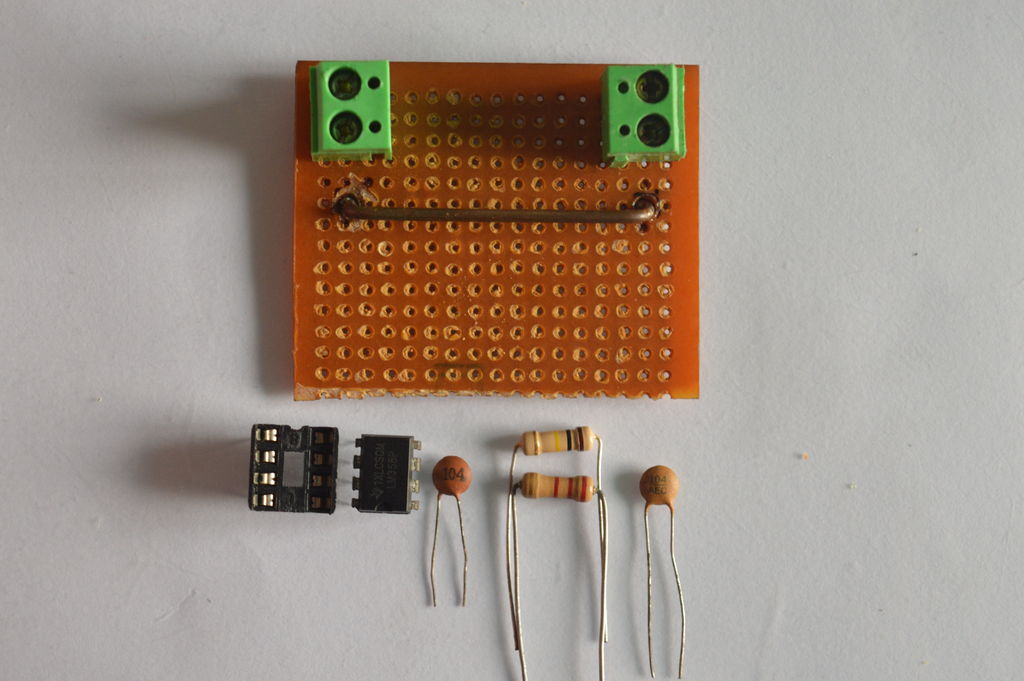 Picture of Adding the Parts for the Current Sense Network