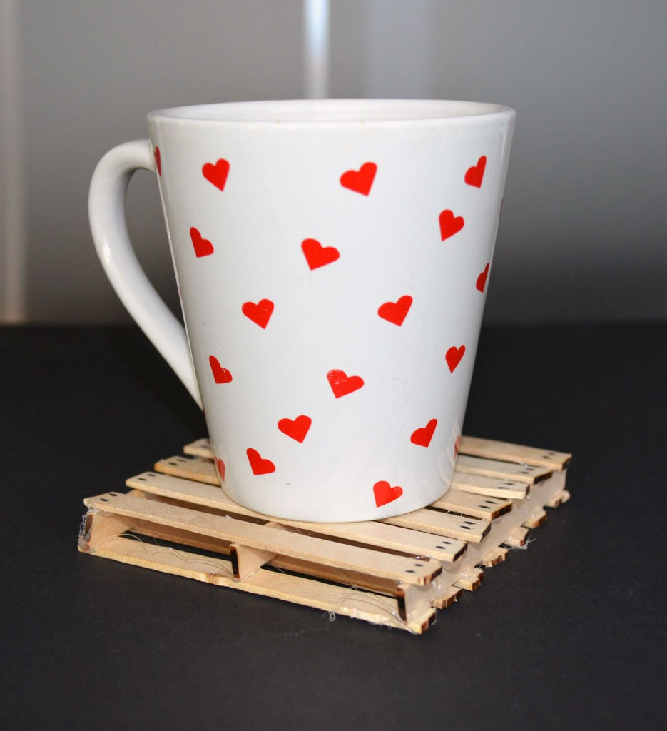 Picture of Hot Glue Coffee Stick Wooden Pallet Coaster