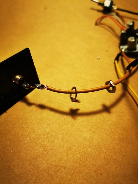 Picture of Conecting Output Jack
