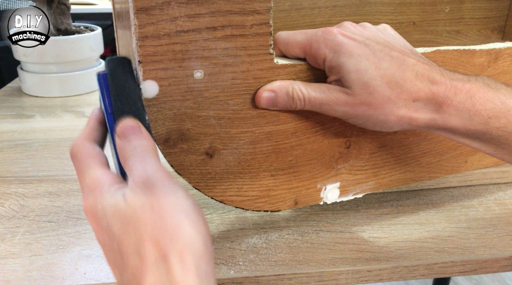 Picture of Decorating - Filling, Sanding, and Painting