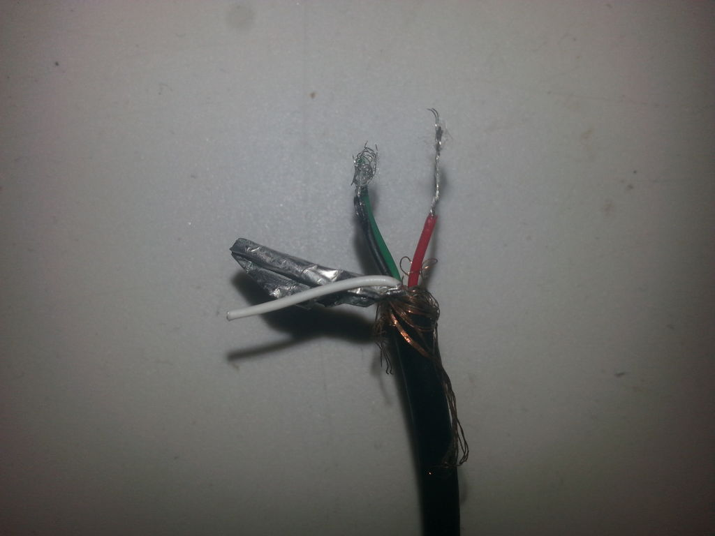 Picture of Step 1: Cut Cord and Fan Wires