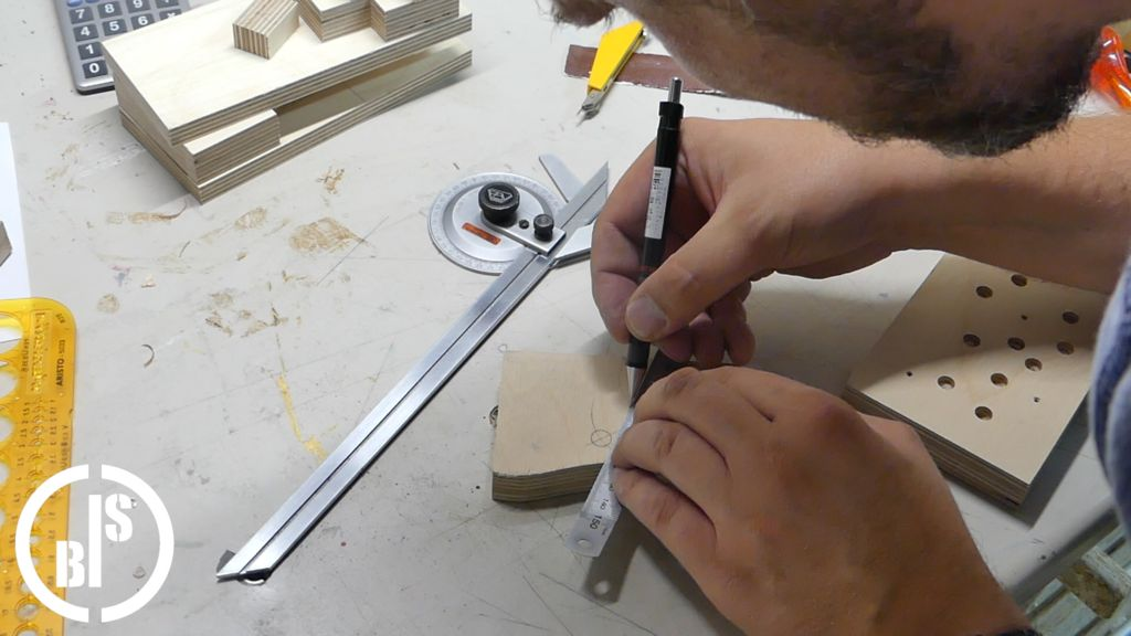 Picture of Cutting the Lever
