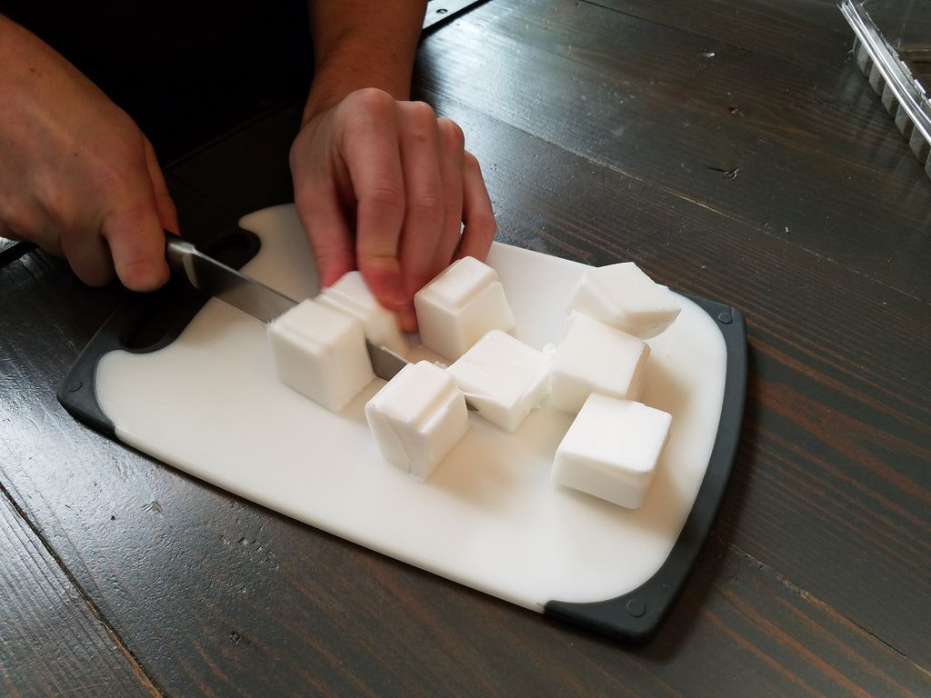 Picture of Cut Soap Into Cubes