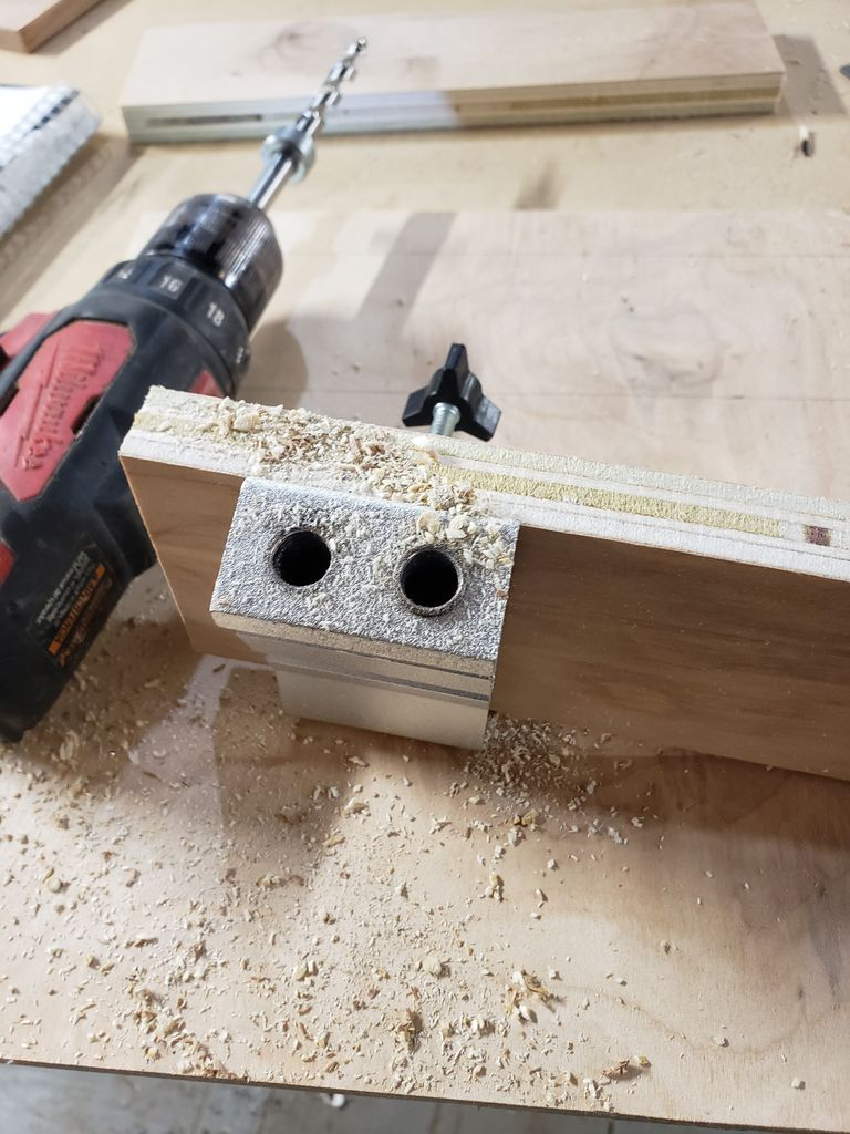 Picture of Simple Carving Holder